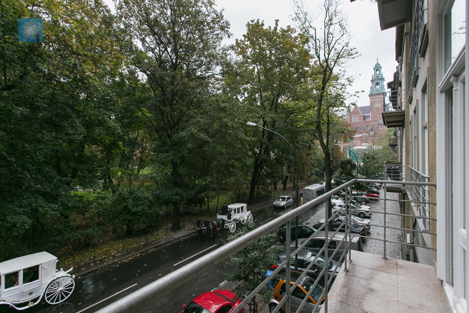 For sale, a spacious, 2 bedroom apartment with a view of the Wawel Castel, Krakow for sale