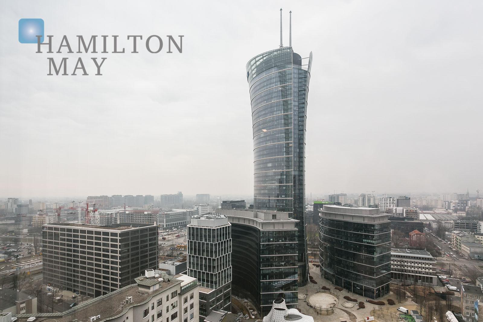 Luksusowy apartament z widokiem na panoramę miasta w inwestycji Platinum Towers Warszawa na wynajem