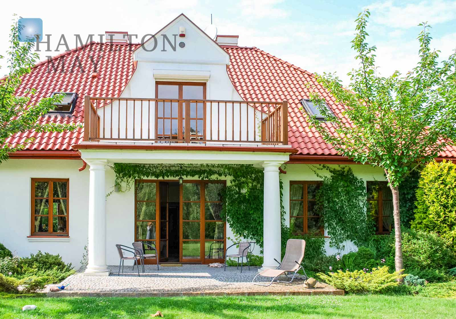 A unique mansion in a truly stunning area in Wilanów Warsaw for sale