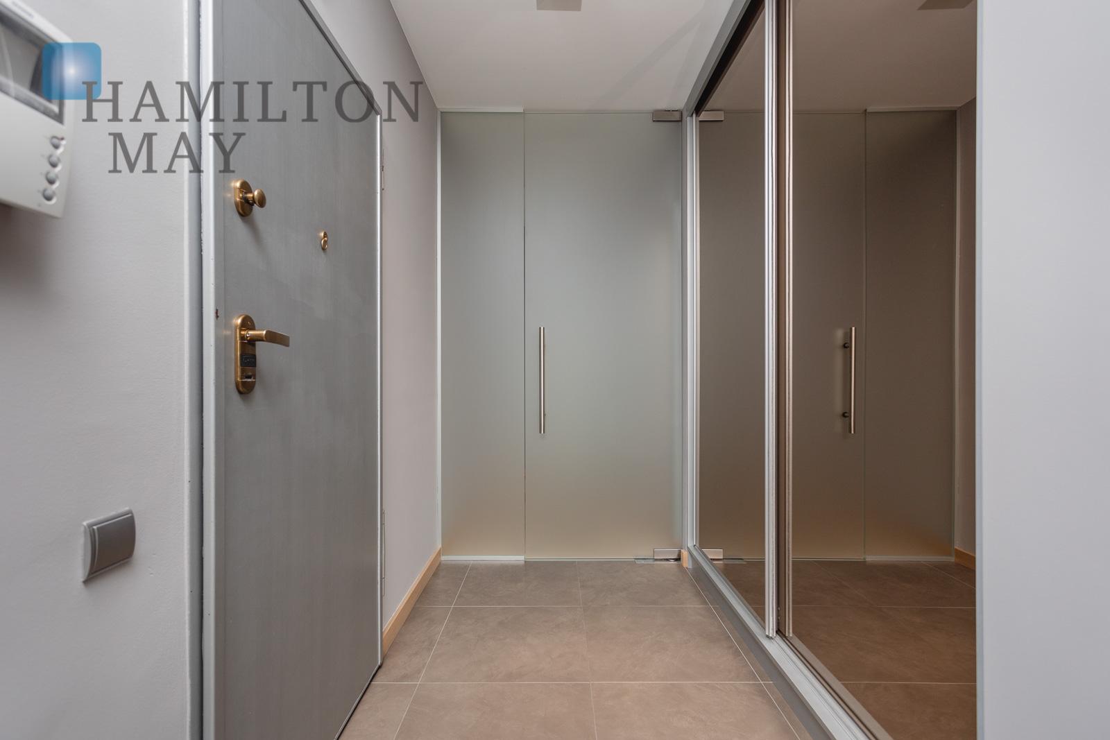 Modern, two bedroom apartment in the prestigious Garden Residence development in Zabłocie Krakow for sale