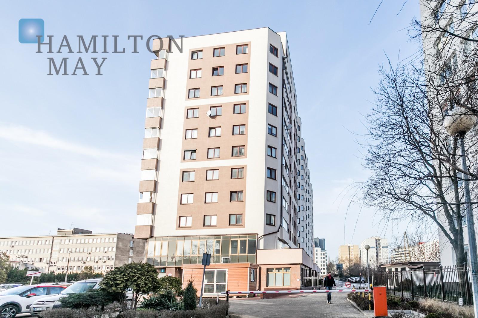 Wyremontowane mieszkanie z trzema sypialniami, kilka kroków od stacji metra Warszawa na wynajem