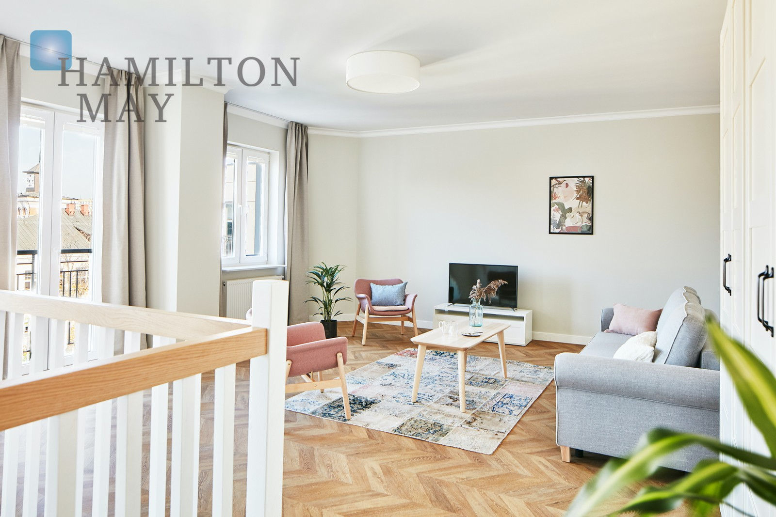 Sunny duplex flat in a renovated townhouse at Jagiellońska street. Warsaw for rent