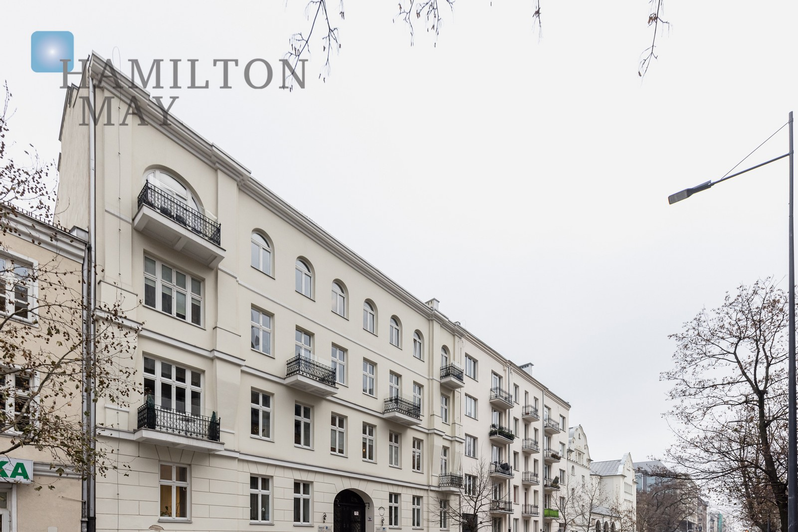 Beautiful apartment in a fully renovated tenement building next  to metro station Dworzec Wileński, Warsaw for rent