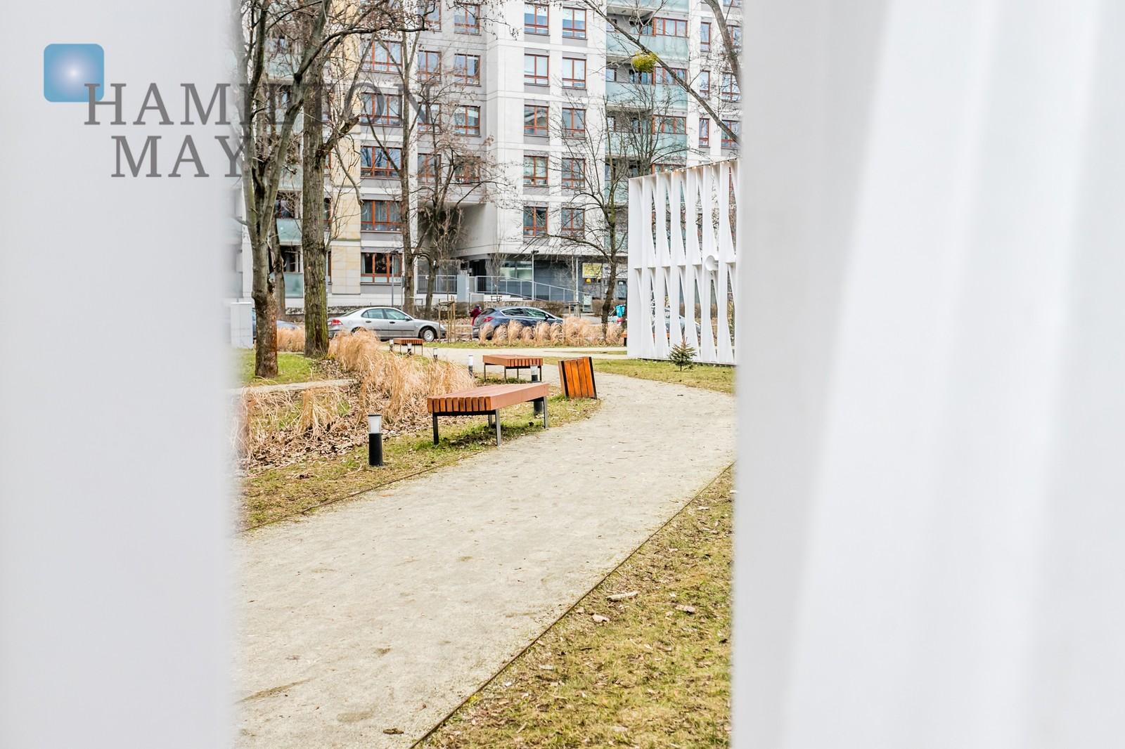 """Trzypokojowy apartament w stanie deweloperskim na sprzedaż w inwestycji """"Żoli Żoli"""". Warszawa na sprzedaż"""