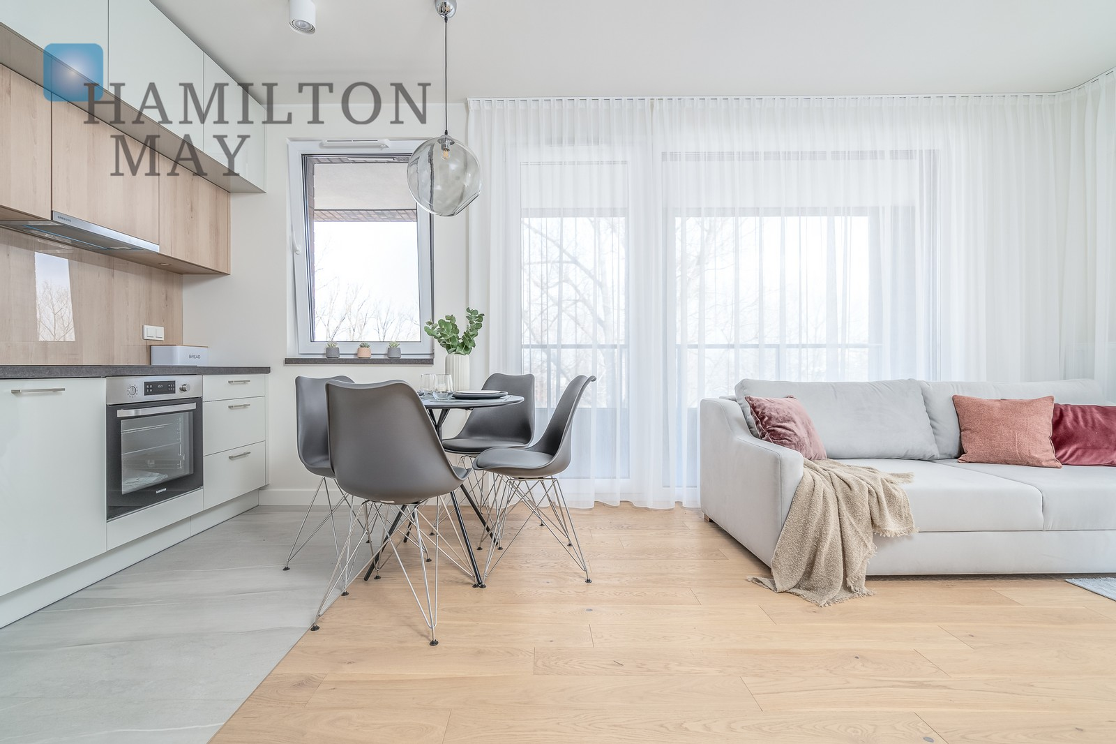 A corner stunning two-bedroom apartment on the top floor with a 28 m2 terrace in the new investment next to the Szwedzka metro station Warsaw for rent