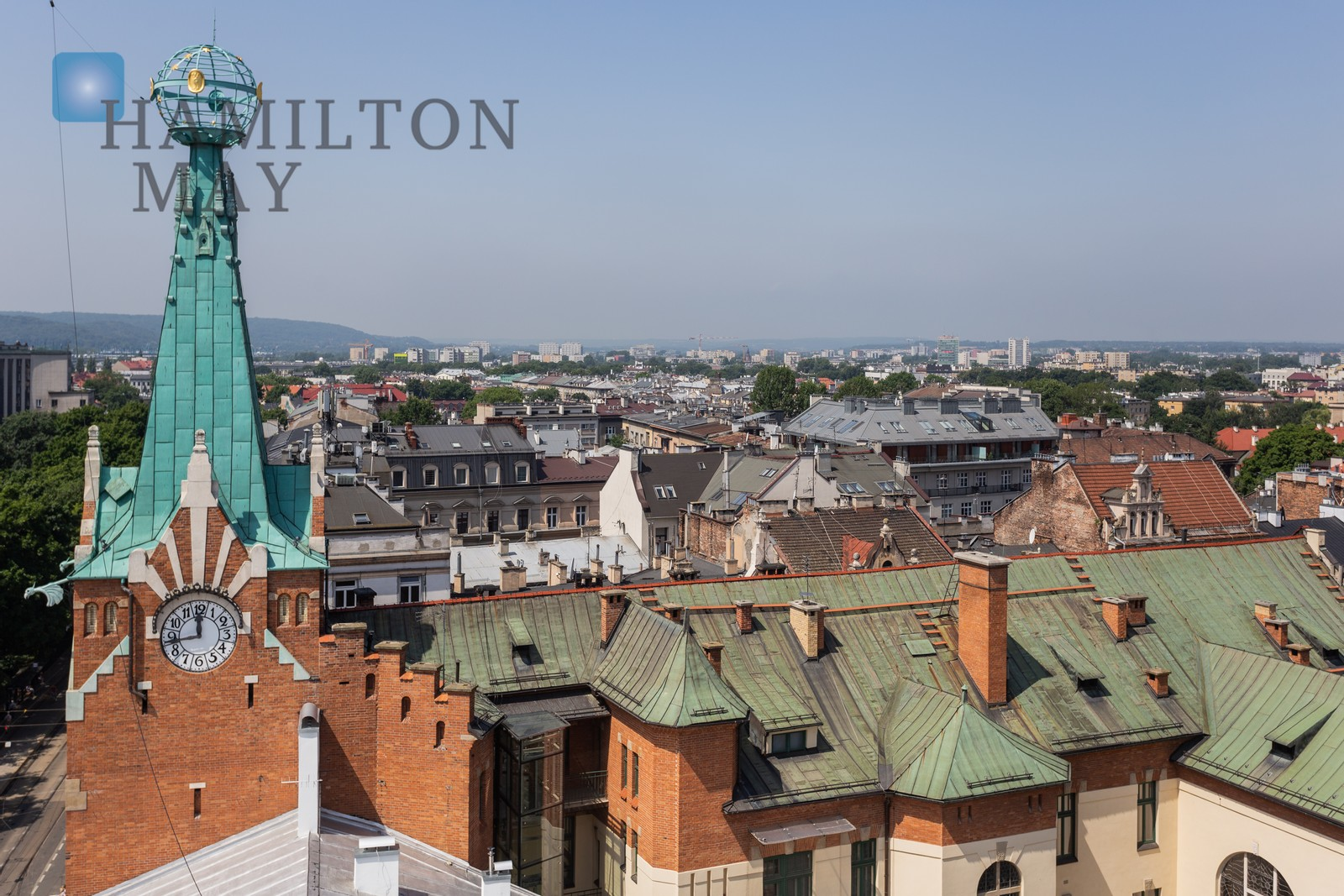 Apartment with a unique view of the Planty Park, 2 minutes' walk from the Main Square. Krakow for rent