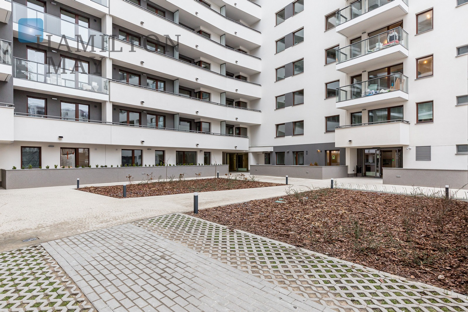 New studio apartment right next to Westfield Arkadia Warsaw for rent