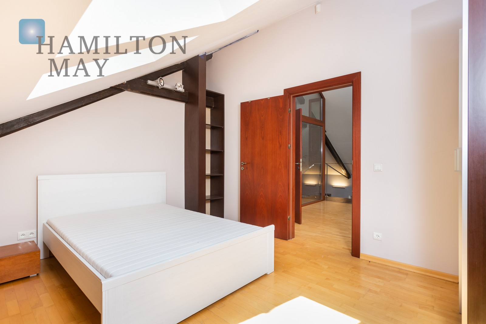 Spacious, loft style apartment for rent within the heart of the The Old Town Krakow for rent