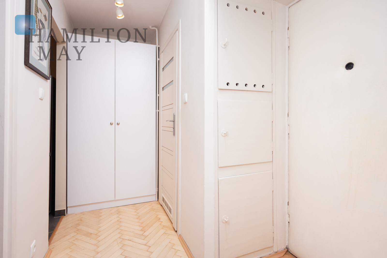 Comfortable one-bedroom apartment located in the Old Town Krakow for rent