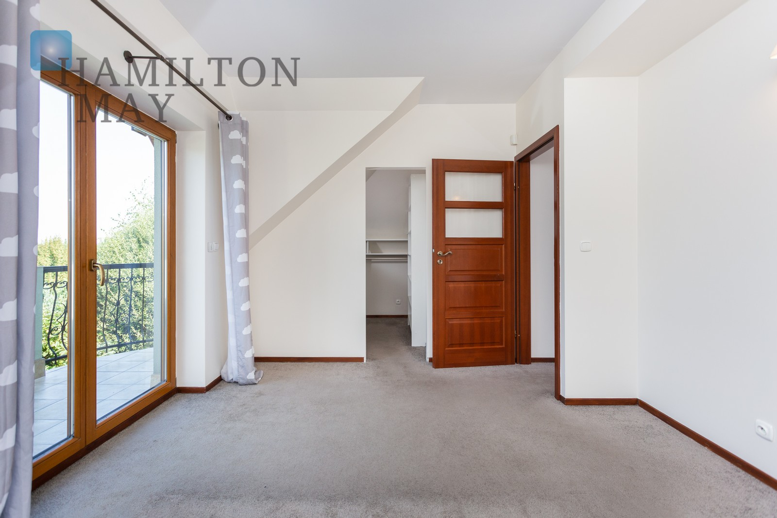 Spacious house for rent located in a sought after residential area - ul. Wiosenna Krakow for rent