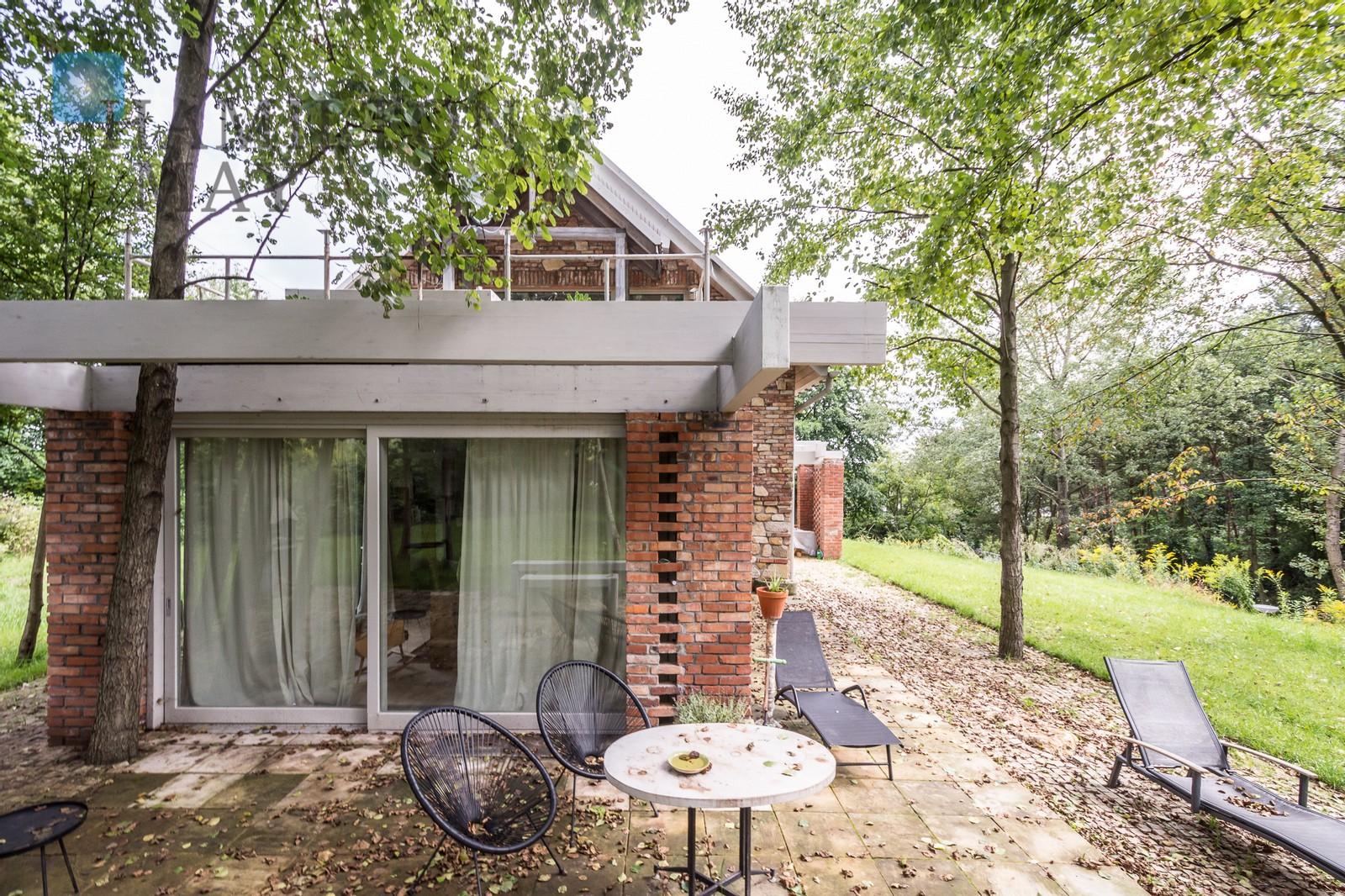 Unikatowy dom na pięknej działce położony w Rząsce Kraków na sprzedaż