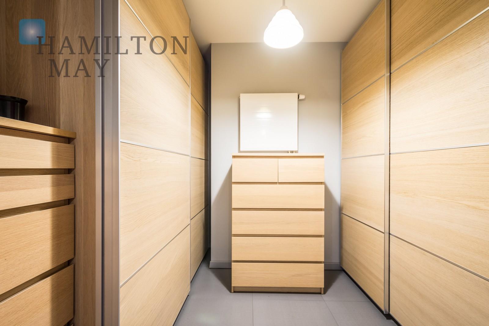 Dwupoziomowy wykończony w podwyższonym standardzie apartament przy Parku Lotników. Kraków na sprzedaż