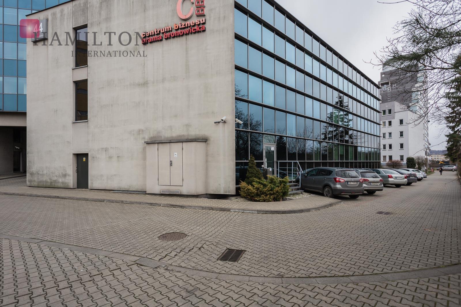 Brama Bronowicka Krakow office building photo