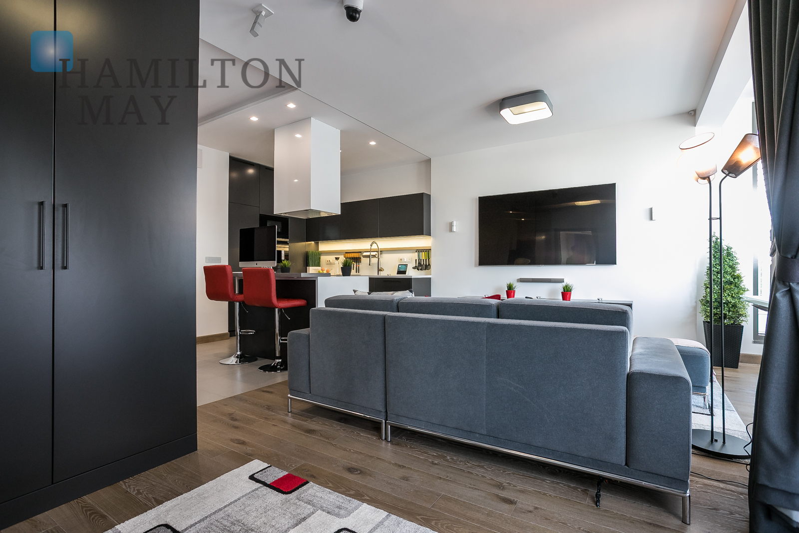 A luxurious apartment in the vicinity of the Służewiec Office Center Warsaw for rent