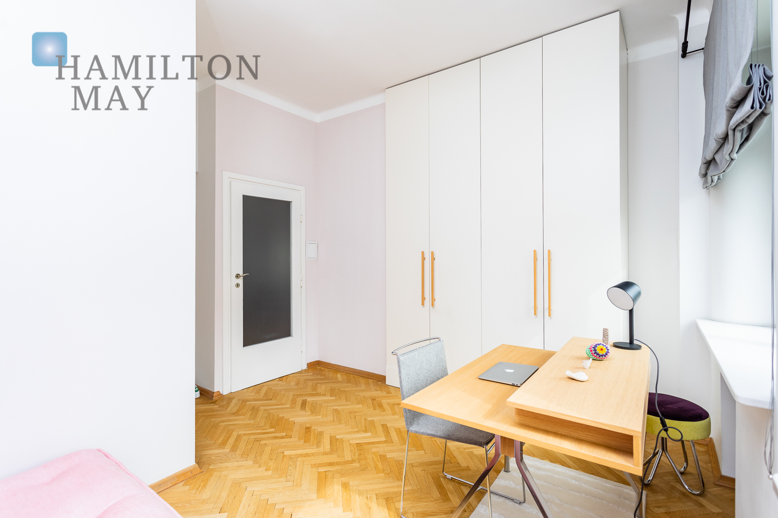 Eleganckie trzypokojowe mieszkanie przy parku Warszawa na wynajem