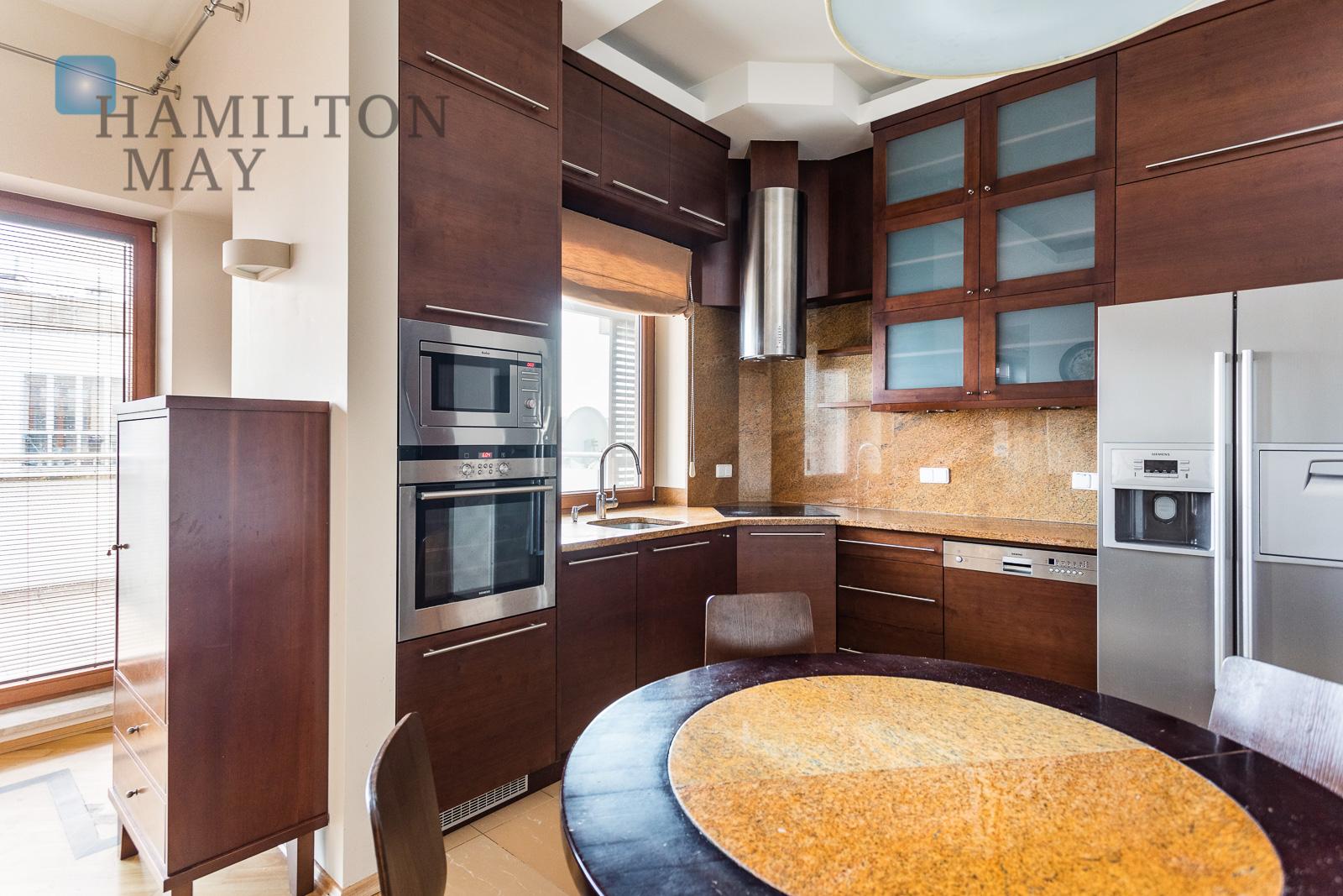 Piękny apartament z czterema sypialniami w inwestycji Marina Mokotów Warszawa na sprzedaż
