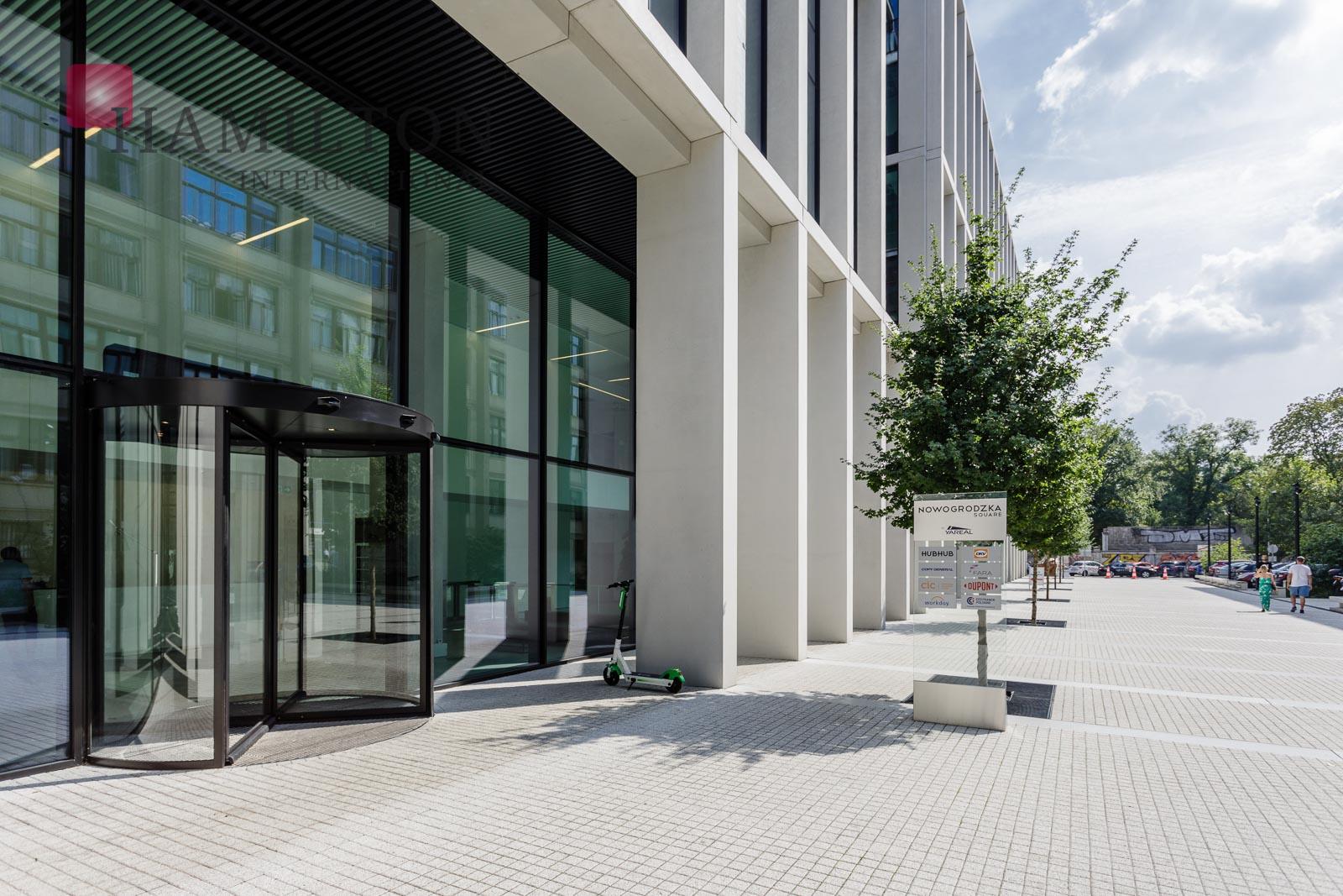 Nowogrodzka Square  Warszawa office building photo