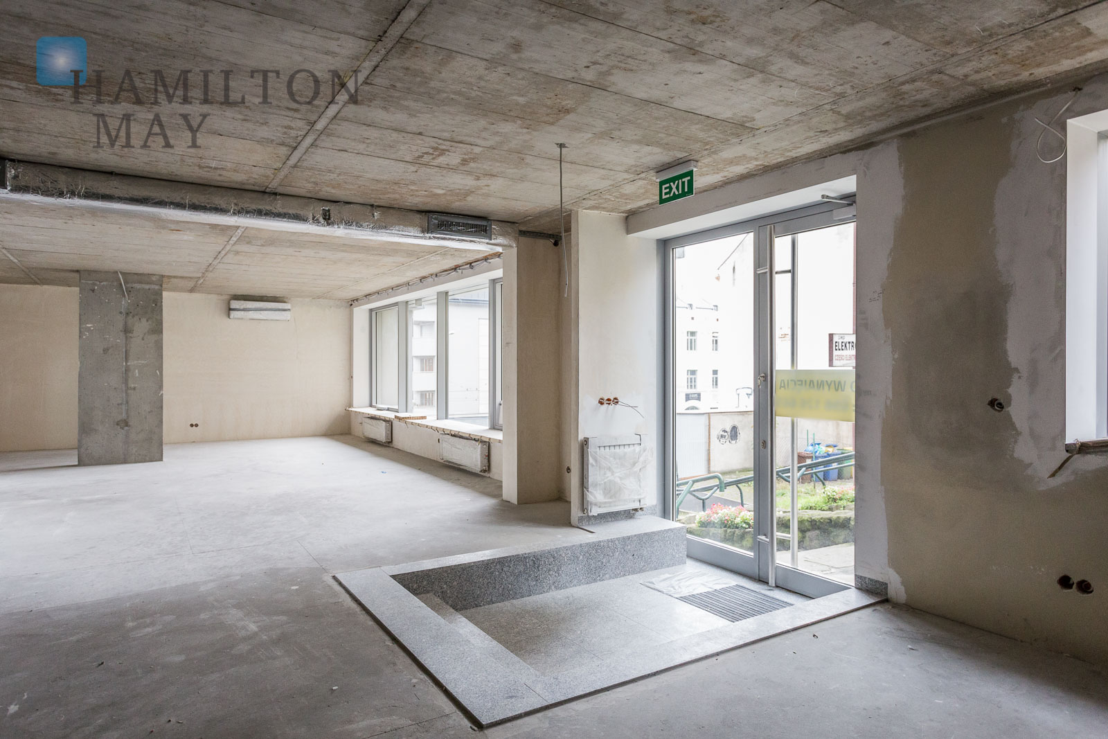 A ground floor property with displays in the Old Podgórze for rent Krakow for rent